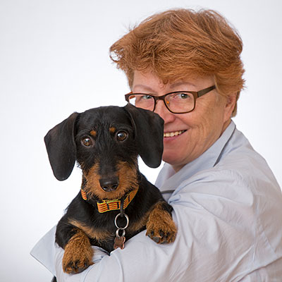 Küng Rechtsanwälte - Bürohund Pep